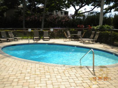 Kihei condo rental - Building 1 pool