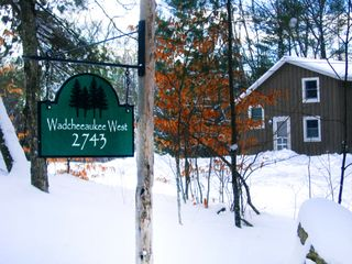 Lincoln cottage photo - Welcome to the cozy Winter Cottage