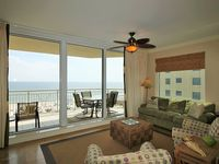 Fantastic Indigo Corner Unit with Free Beach Service, on Gulf Amazing Views!