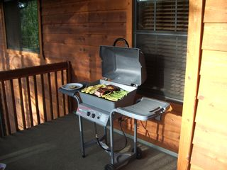 Pinetop condo photo - Gas BBQ ready to cook all your favorite meals