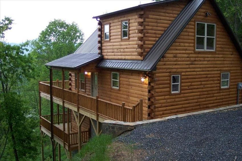 New 3 Bedroom Upscale Log Cabin With Vrbo
