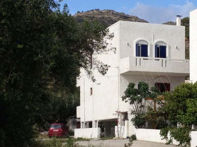 Agios Panteleimonas house rental