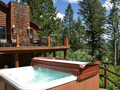 Three Bear Tracks: 6 BR / 4 BA home in Teton Village, Sleeps 12