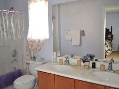 Marana house rental - Master Bathroom