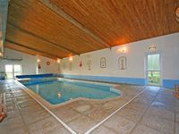 Self-catering cottage in South Devon with indoor pool and games room