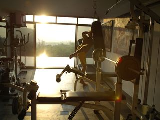 Kamala beach villa photo - Gym with pool and view