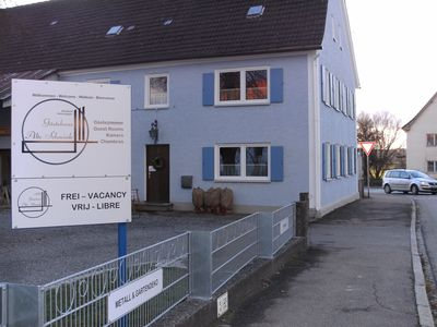 CHEAP ACCOMMODATION FOR GROUPS, FAMILIES / INDIVIDUALS, 1 KM FROM THE A8