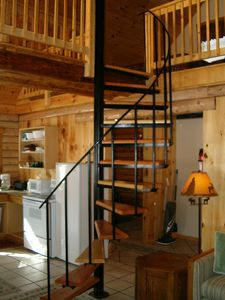 Bretton Woods cabin rental - Spiral staircase to loft areas