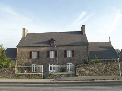 Family house with sea view near handicapped accessible St Malo, Mont St Michel