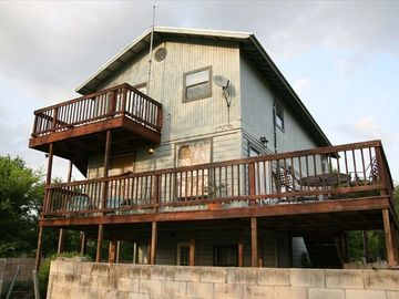 Smithville house rental - The River House