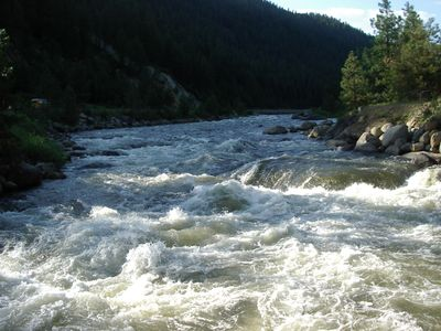 famous Payette River whitewater rapids at swinging bridge near Tamariki Lodge