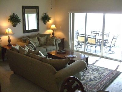 Living Room - Queen sleeper sofa - Direct View of Ocean / Gulf /  Sunsets