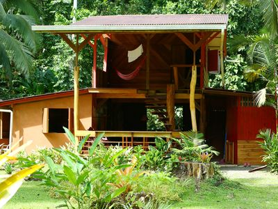 SECLUDED JUNGLE HOUSE, AWESOME GARDEN & POOL, ON 8 ACRES, NEAR BEACH & TOWN.