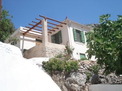 Traditional house in Lakonia combines Mountain & Sea