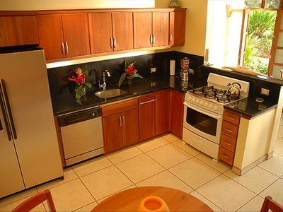 Full Kitchen with Granite Counters, New Appliances & Eat-In Table+Chairs