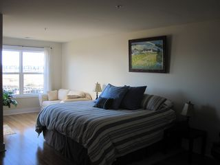 Vacation Homes in Ocean City townhome photo - Master Suite