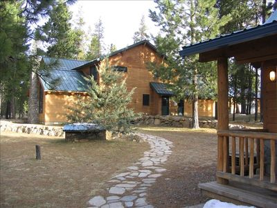 Rent the Red Cedar Lodge and the Ponderosa next door for family reunions!