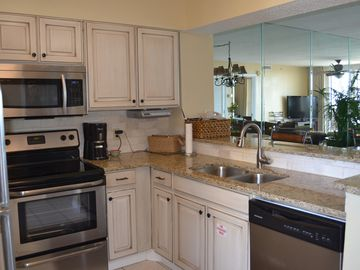 Gotta show it off! Granite countertops new appliances, and cabinets!