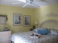 Oceanside Vacation Townhome - Sleeps 8-10