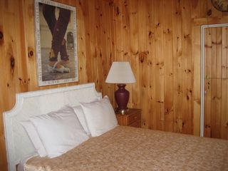Great Barrington cottage photo - The Queen bedroom has a ceiling fan.