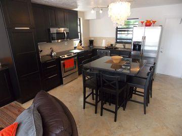 Key Largo townhome rental - Our new kitchen has stainless steel appliances and granite countertops.