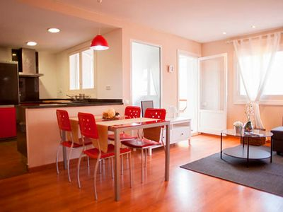 NICE AND BRIGHT APARTMENT NEAR THE CENTER AND CITY OF SCIENCES