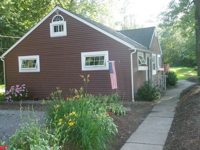 Year-round Cottage by Lake Ontario,  Rochester, Hilton, NY