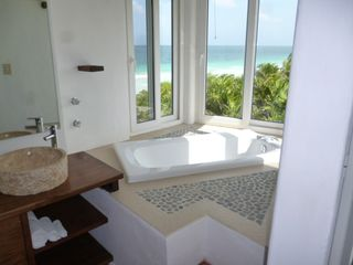 Tulum villa photo - Enjoy a bath with an ocean view
