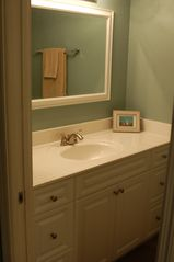 Hutchinson Island condo photo - Master Bath Vanity