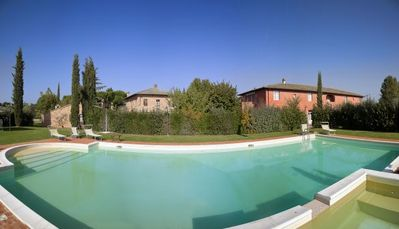 Two Bedroom First Floor Apartment  Montepulciano   L'Arcolaio is a charming apartment in a pretty farmhouse