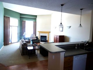 Bellaire / Shanty Creek condo photo - View from entry to kitchen/living area