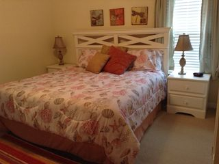 Gulf Shores cottage photo - King bed in Master Bedroom