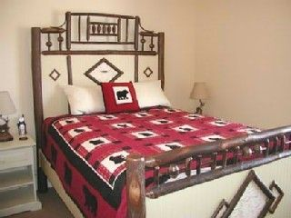 Bear Hollow Village townhome photo - Queen Bed with Euro Pillowtop Mattress in Bedroom #2