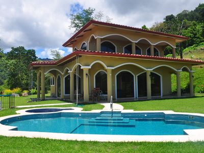 Private pool, 3 bedroom suites, listen and see wildlife, satellite TV, 3G cell