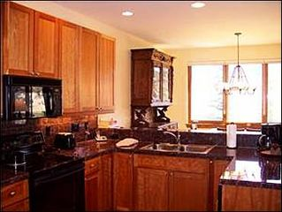 Baldy Mountain Breckenridge townhome photo - Fully Equipped Gourmet Kitchen