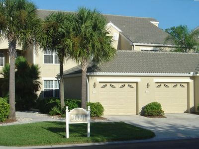 Ground floor unit in Sabal Palm Neighborhood, within Grandezza Community.