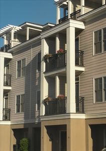 10 Transom Court with 2 balconies and 2 car garage!