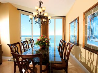 Silver Beach Towers Resort condo photo - Dining room