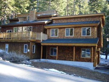 Alpine Meadows house rental - Exterior view from Deer Park Drive