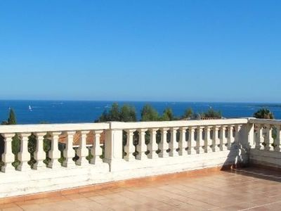 House, 170 square meters, close to the beach