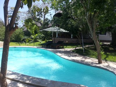 Detached house on 1000 sqm of land with a private pool