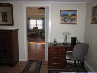 Plum Island house photo - Desk and Bureau in Twin Bedroom