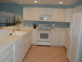 Oceans Pointe Ocean City condo photo - Kitchen