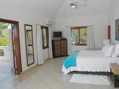 Cabarete villa rental - Deluxe bedroom, one of four maids quarter