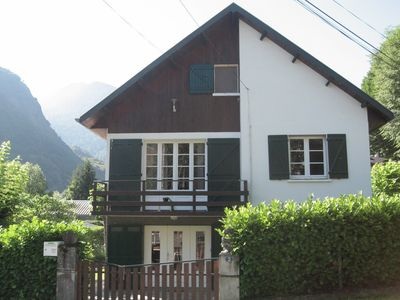 Luchon apartment rental ground floor of 60 m2 5/7 pers. with garden.