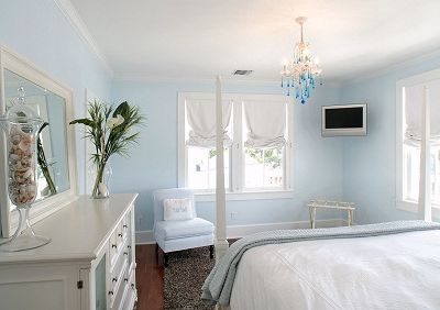 2nd Floor Luxury 'Blue' Bedroom in Main House offers a King Size Bed