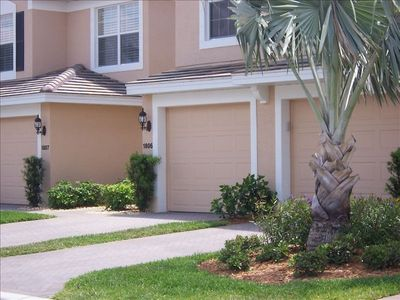 NEW LISTING1st floor condo in small friendly gated community
