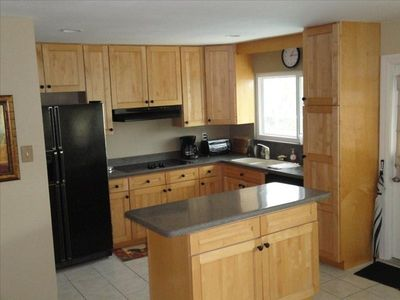 Beautiful Kitchen with all the amenities for cooking