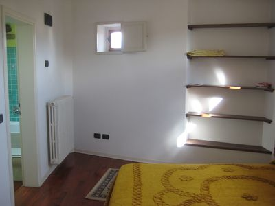 Very luminous and quiet double room on mezzanine