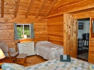 Rangeley Lake cabin photo - Bedroom--Queen and Twin sized beds